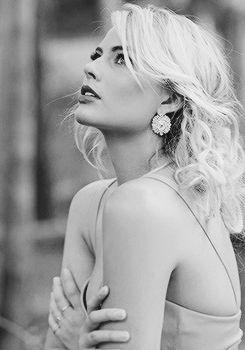 Daily Margot Robbie