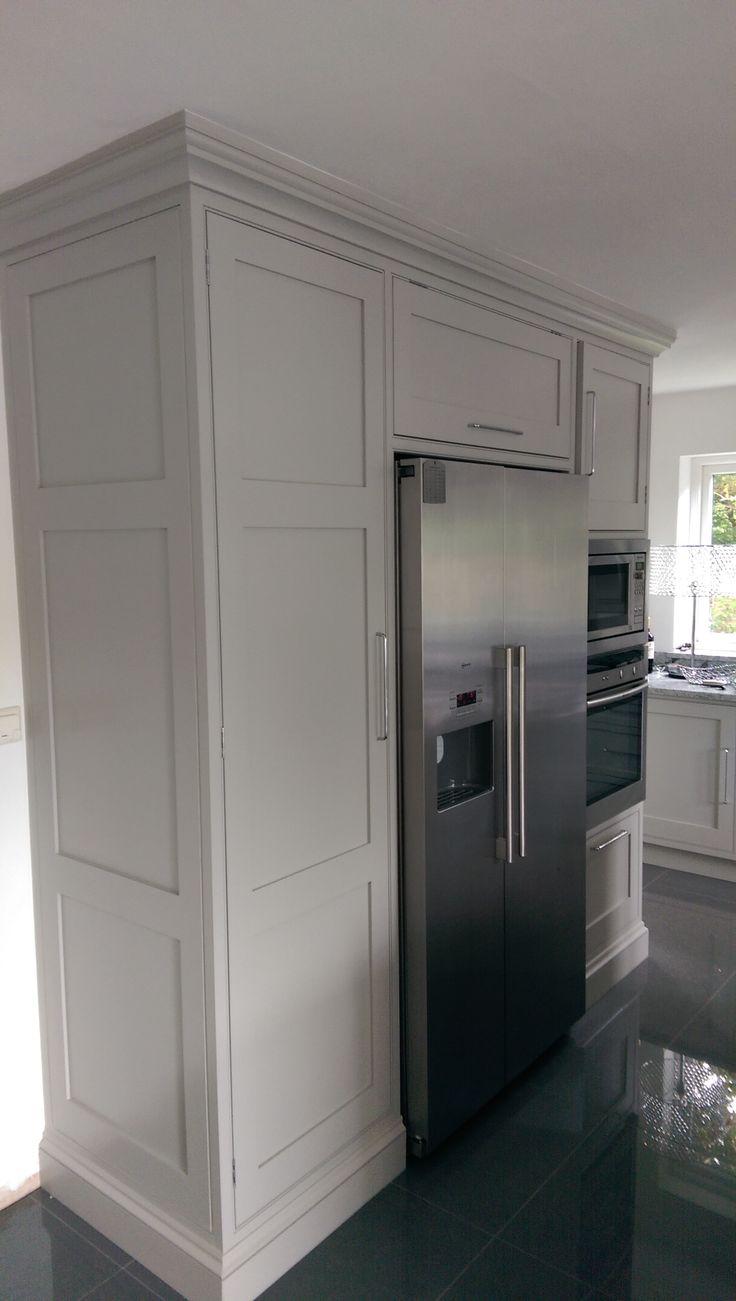 kitchen units built around fridge/freezer