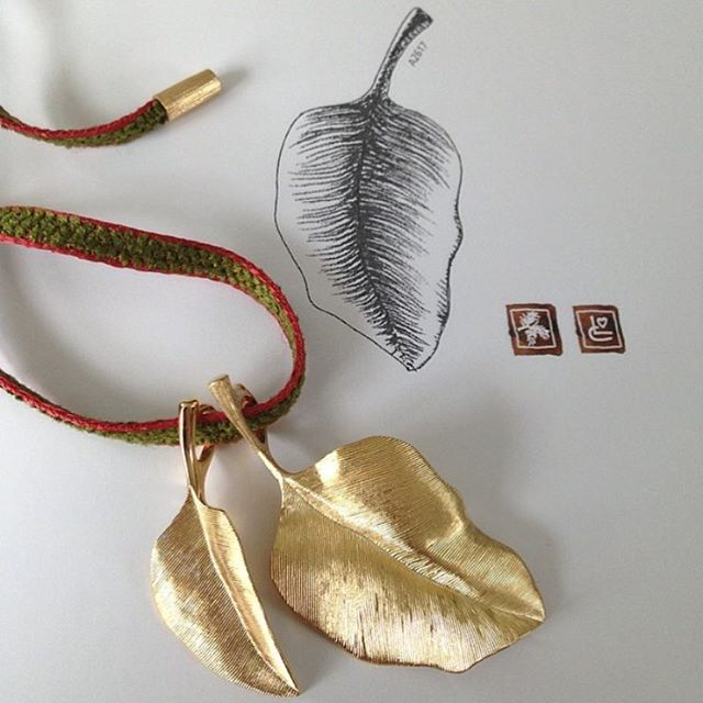 Make it a beautiful day with hand-satinized Leaves pendants. #finejewellery…