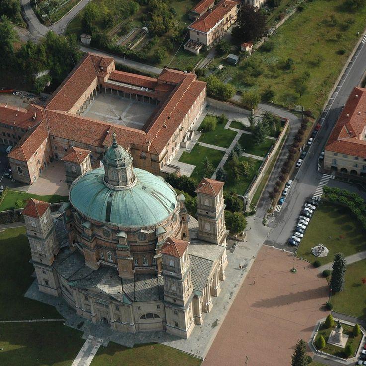 Santuario Basilica della Natività di Maria Regina Montis Regalis a Vicoforte | Scopri di più nella sezione Itinerari del portale #cittaecattedrali