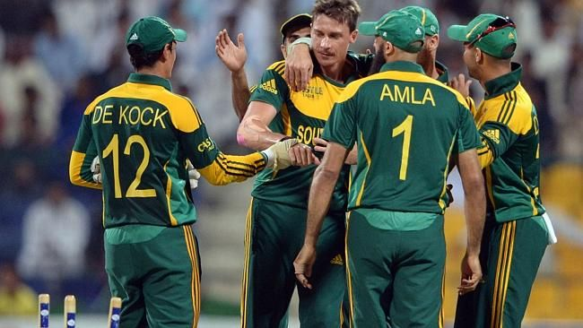 231-8.   South African bowler Dale Steyn celebrates with teammates after clean bowled of Pakistani cricketer Saeed Ajmal Source: AFP