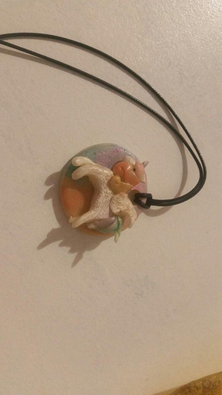 """Collana con cordoncino e ciondolo in c.f """"Unicorno Rainbow """""""