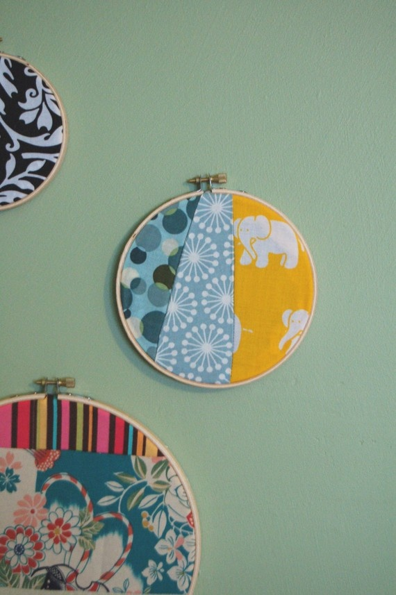 more embroidery hoops... love the combination of fabrics in these.