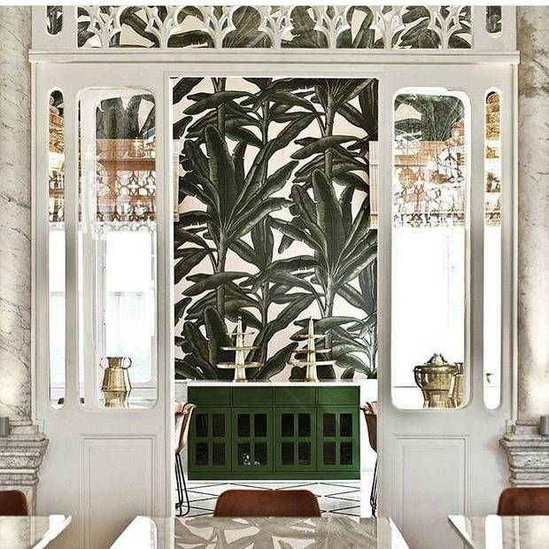 Liza Beirut This Mediterranean-front eatery captures the historic elegance of the 19th-century, Middle Eastern palace it calls home. We can't take our eyes off of the complementary sync of the palm leaf wallpaper and the architectural details of the space.
