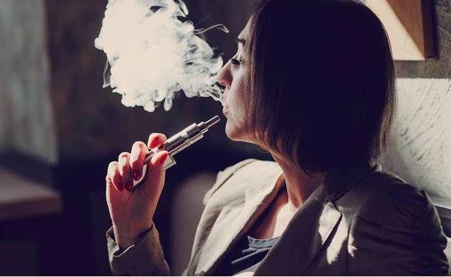Elektronické cigarety jsou největším hazardem se zdravím mladých lidí