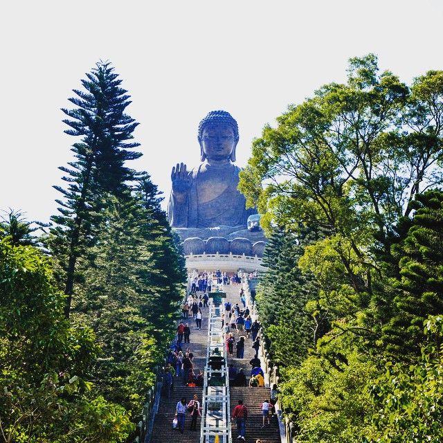 Hoje tem matéria nova no blog, e será sobre o lugar que fica esse Buddha!