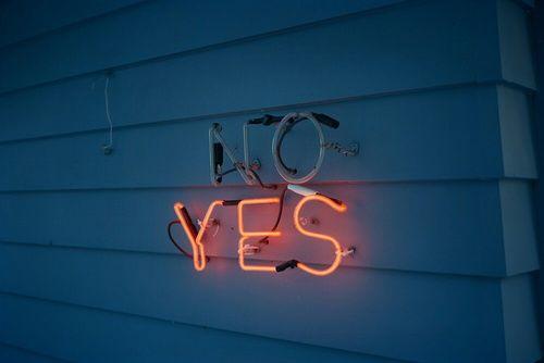 Imagem de yes, no, and light