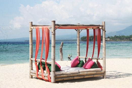 Paradise lounge: A comfortable bamboo structured couch set in front of Sire beach. (Photo by Electra Gillies).