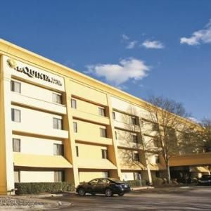 La Quinta Inn & Suites Raleigh Durham Airport South: 1001 AERIAL CENTER PARKWAY,MORRISVILLE,NC,27560 #Hotels #CheapHotels #CheapHotel
