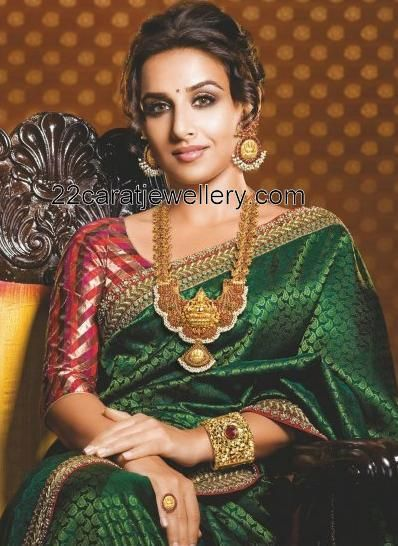 Jewellery Designs: Vidya Balan in Traditional Temple Jewelry