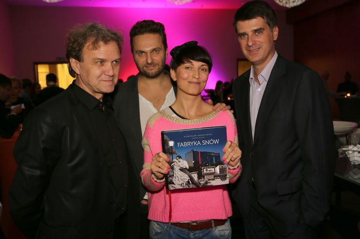 Ryszard  Kluszczynski (University of Lodz), Dawid Marcinkowski (transmedia artists), Katarzyna Kifert (transmedia artist and photographer), Olgierd Cygan presenting the album devoted to the Lakowa  29 project