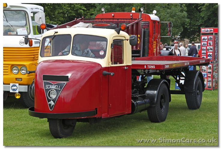 Scammel Scarab, 1948-67, 2090cc sidevalve engine. 3-wheeler articulated configuration let it rotate within its length, ideal for railway station use.