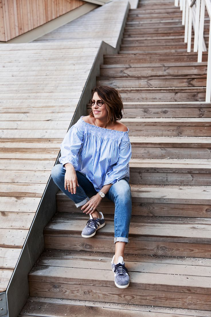 Nina Campioni wear Ralph Lauren top, denim by H&M, sneakers by Adidas Gazelle and glasses from Specsavers