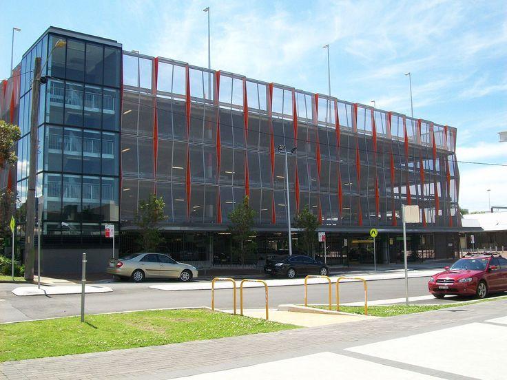 File:Wollongong Railway Station Carpark