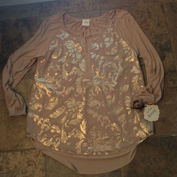 Knox Rose Sequin Tunic Gorgeous sequin/bead work on the front. Ultra soft cotton jersey shirt. NWT. Never worn or tried on. Really beautiful for fall & winter! Longer hem in the back. Bought at Target Knox Rose Tops Tunics