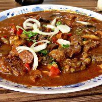 Recept : Hovězí guláš s houbami | ReceptyOnLine.cz - kuchařka, recepty a inspirace