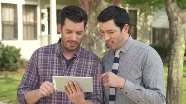 "Property Brothers 🏡🔨 on Instagram: ""Hey guys, what are some of your favorite features in the #PBHandbook app!? Download link in our bio, and right here:"