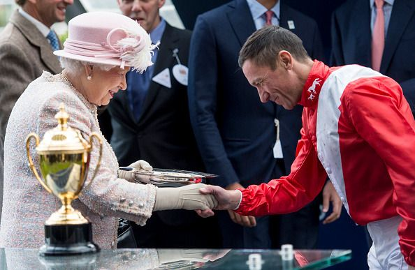 Queen Elizabeth attends The QIPCO British Champions Day at Ascot Racecourse on October 21, 2017.  Photo by Mark Cuthbert/UK Press via Getty Images
