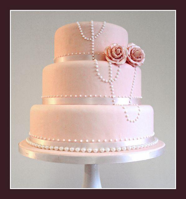 vintage look wedding cake | Vintage style Wedding cake. | Flickr - Photo Sharing!