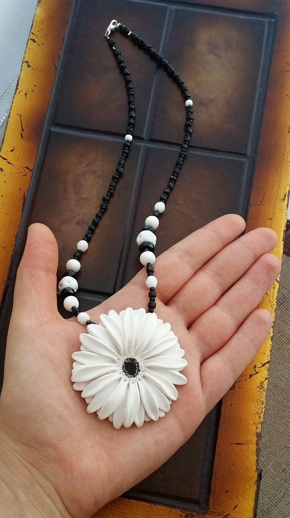White Gerbera Daisy Necklace  White Flower by EvasCreationsShop