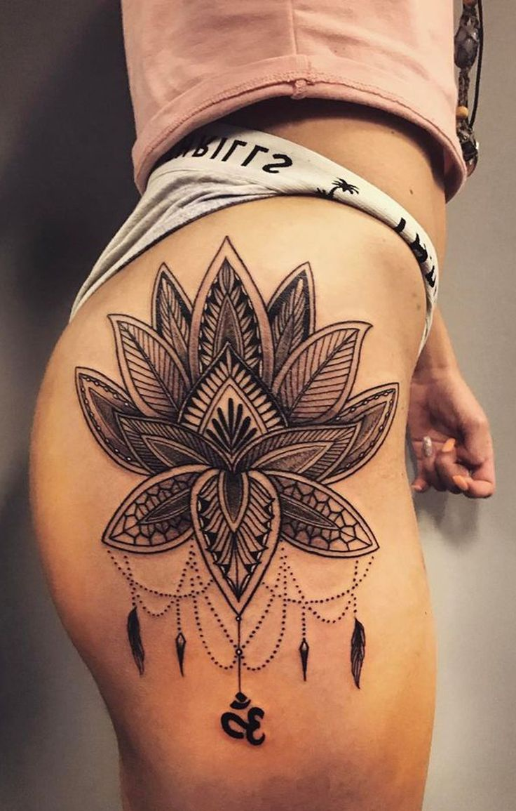 Lotus Chandelier Hip Tattoo Ideas for Women - Tribal Bohemian Flower Thigh Tat -  ideas de tatuaje de cadera de loto para las mujeres - www.MyBodiArt.com