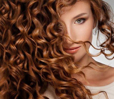 Έχεις φυσικά σγουρά μαλλιά; Χρησιμοποίησε ένα σαμπουάν ειδικό για τις ανάγκες των ατίθασων μαλλιών σου που θα περιέχει μαλακτικούς παράγοντες! #101hairavenue #beauty_tip #MichalisLazarou