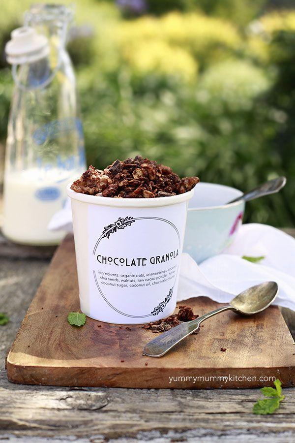 Yummy Mummy Kitchen: Healthy Chocolate Granola Recipe