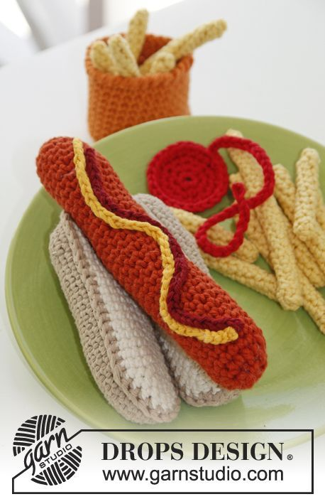 "Free pattern! #crochet DROPS hot dog and bun with fries in ""Paris""."