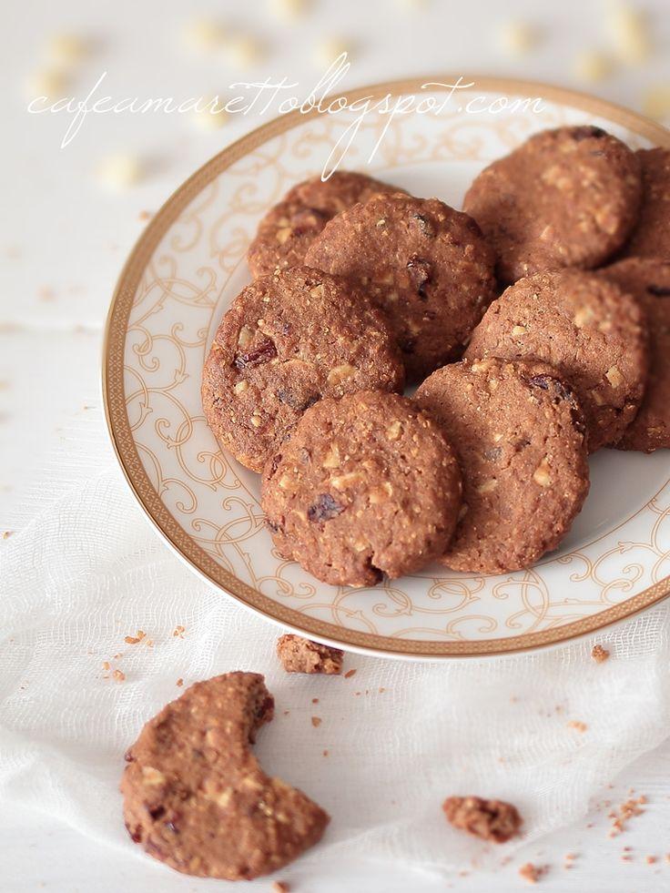 Ciasteczka gryczane z żurawiną i  białą czekoladą (bezglutenowe) @cafeamaretto