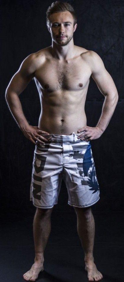 MMA Grappling shorts 40€
