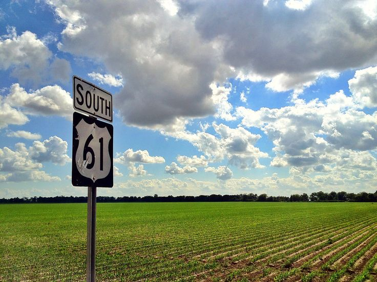 """Highway 61 South - the """"Blues Highway"""" that runs through the heart of the Mississippi Delta - Arcola, Mississippi - www.flatoutdelta.com"""