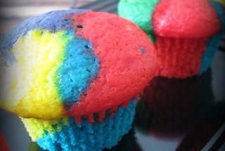 Rainbow Bright Cupcakes | Recipes/Food/Drinks | Pinterest
