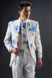 Flower Printing Stand-up Collar Groom Suit    $108.10
