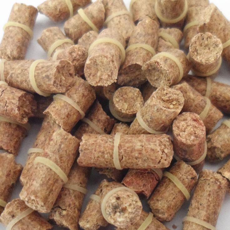 ENVÍO gratis Red carp olor señuelo fórmula cebo la carpa herbívora insectos cebo de pesca varillas de partículas traje de partículas en general 21101-100-y