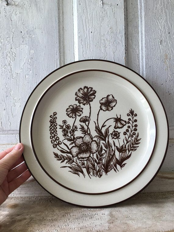 Sango Design Four Stoneware 700 Indian Summer 12 Plate Platter Dinner Plate Dishware Tableware Kitchen And Dining Brown Flowers And Herbs Brown Flowers Dishware Stoneware