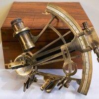 brass-nautical-sextant-692733_640