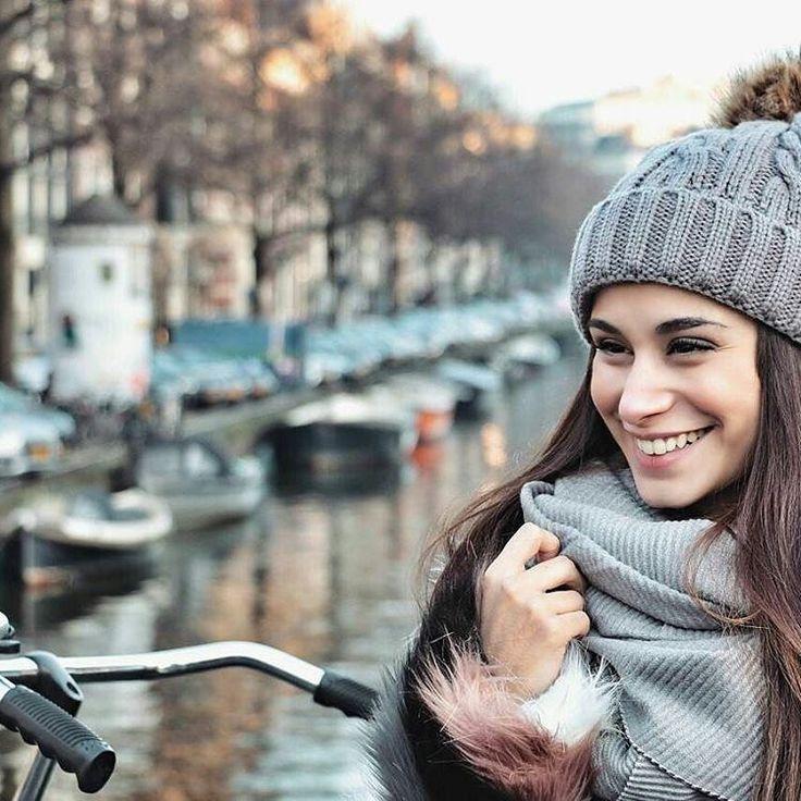 92 vind-ik-leuks, 3 reacties - Amsterdam Deals (@amsterdam.deals) op Instagram: '📷: @conluzycolor ・・・ Así todo el día! No hay rincón que no me saque una sonrisa! Esto es precioso!…'