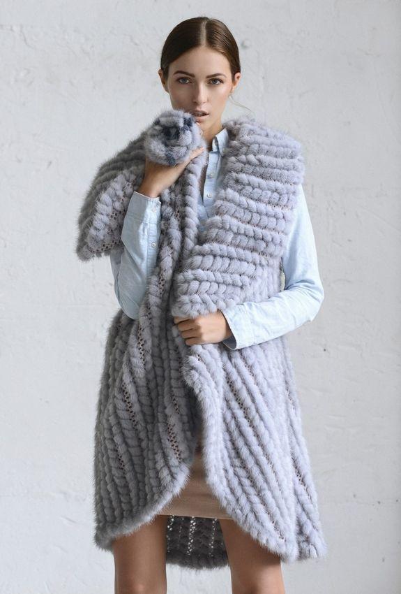 Накидка из вязаного меха норки сапфир купить в Нижнем Новгороде | Фабрика «Меховая радуга»