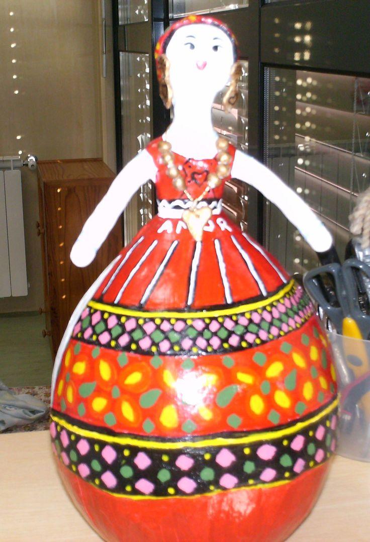 Boneca - Maria Viana com traje típico de Viana do Castelo.