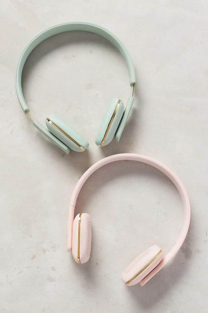 WANT for my next trip: Paste colored wireless headphones from Anthropologie shop here: http://www.nonimay.com/Wirelessheadphonespastel