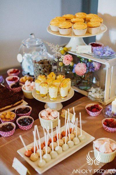 11. Electricaln Wedding,Sweet table decor,Fruit on the sweet table / Elektryczne wesele,Dekoracje słodkiego stołu,Owoce na słodkim stole,Anioły Przyjęć