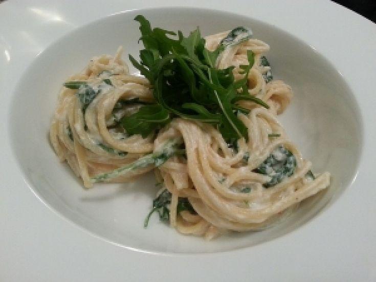 Špagety se špenátem - Babinet.cz