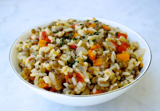 An easy, traditional Greek vegetarian recipe. Flavorful, filling and good for you.