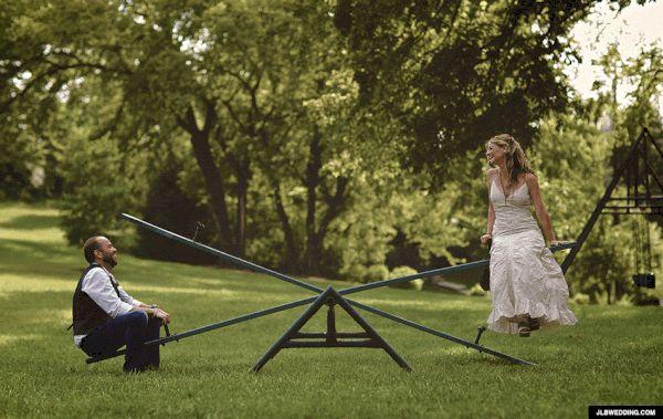 seesaw fun wedding gif These Wedding GIFs Are Transforming The Wedding Photography World
