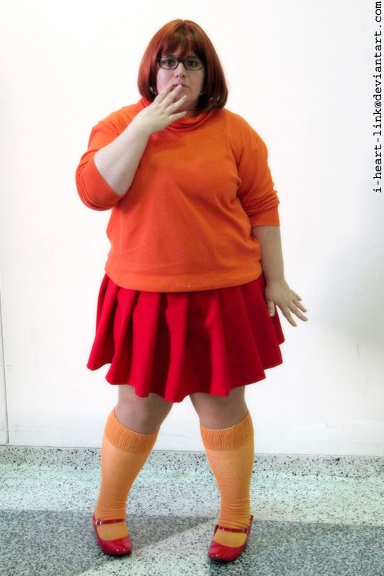 Now I know I can surely throw me an outfit together, lol. Plus sise Velma cosplay.