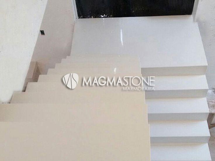 Escada de Mármore Composto Branco Prime -Pias de Cozinha sob medida, Pisos de Mármore, Pias de Granito é Aqui. Ligue 11 3441-0316