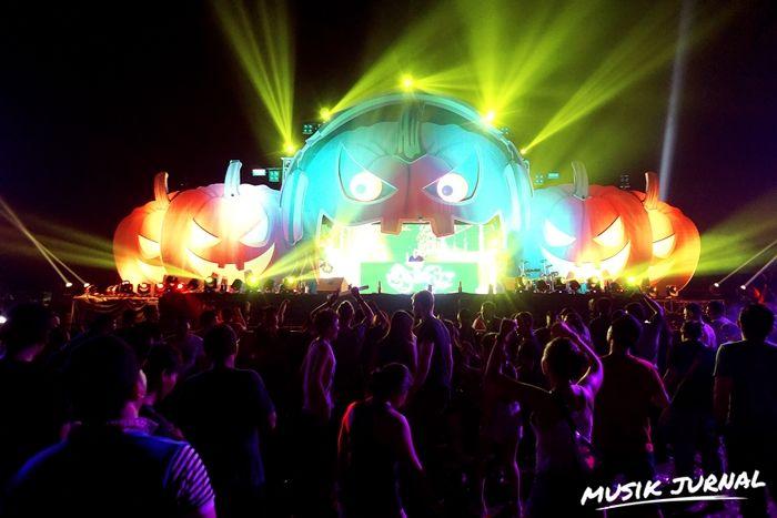 Electronic Music Parade 2015: Festival Musik Bertema Halloween Sukses Digelar | Musik Jurnal