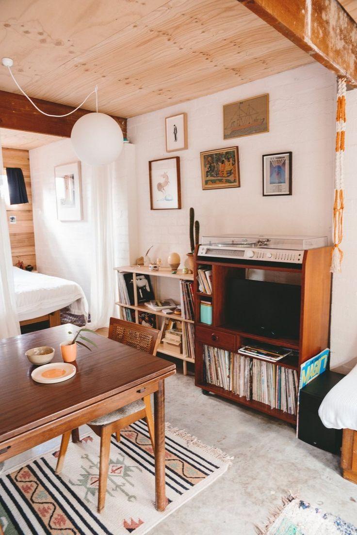 Alex Stylish Início Pequeno los UMA garagem convertida - House Tour | Apartment Therapy