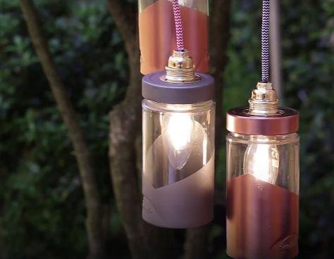 Tuto : transformez des bocaux alimentaires en une jolie suspension lumineuse !