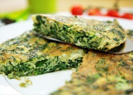 FRITTATA DI BIETOLE IN FORNO - www.iopreparo.com:è un secondo appetitoso e semplice da preparare, completo del contorno di bietole.  Può essere servita anche come antipasto se tagliata a dadini.